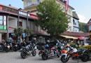 Motorräder am Hauptplatz